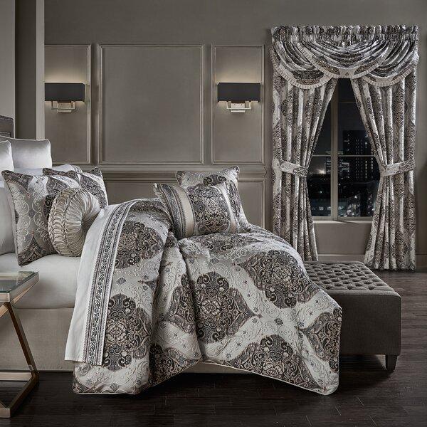 Munguia Comforter Set