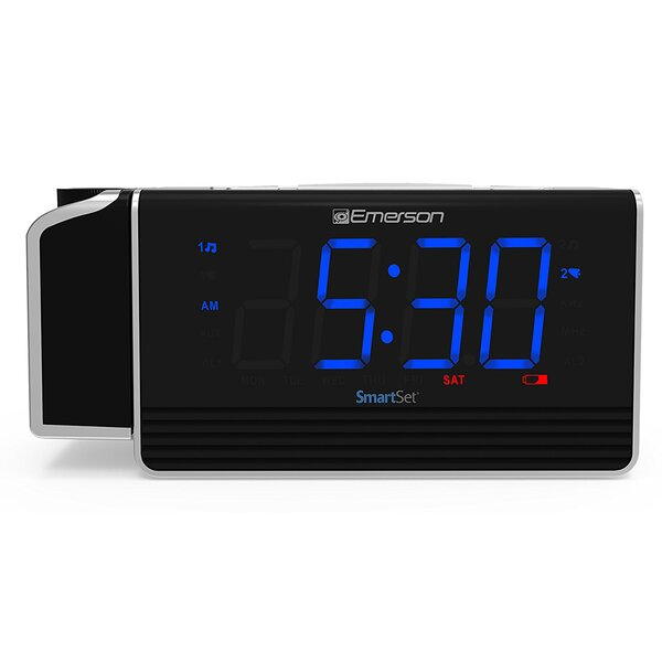 Smart Set Projection Alarm Desktop Clock by Emerson Radio Corp.