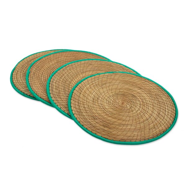 Brisson Latin Mealtime Pine Needle Placemats (Set of 4) by Bloomsbury Market
