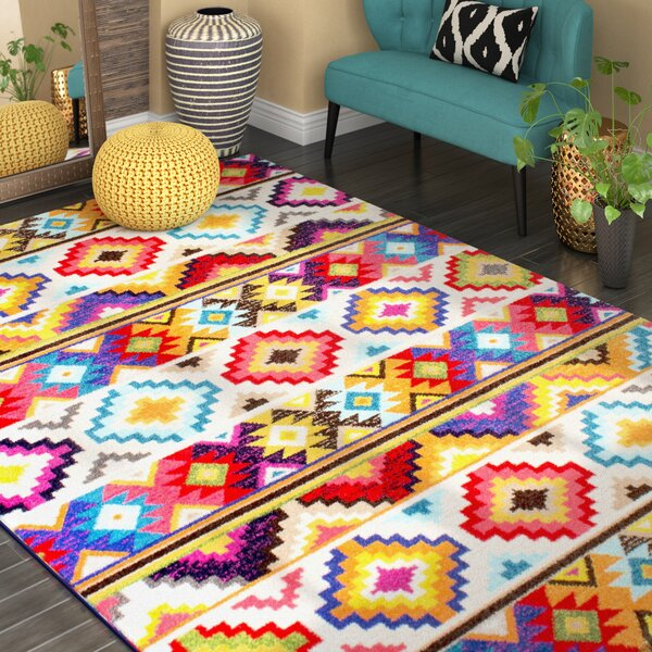 Vincent Retro Indoor Area Rug by Bloomsbury Market