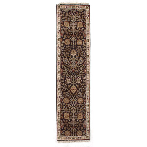 Agra Hand-Knotted Wool Dark Gray/Ivory Area Rug by Exquisite Rugs