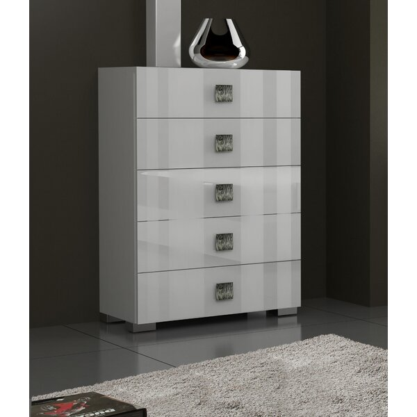 Dorland 5 Drawer Chest by Orren Ellis