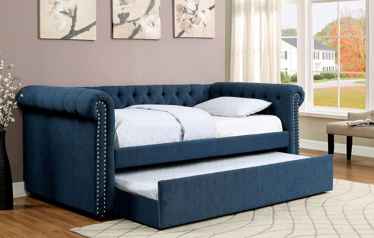 Leona Outdoor Furniture