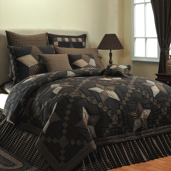 Saco Star Quilt by August Grove