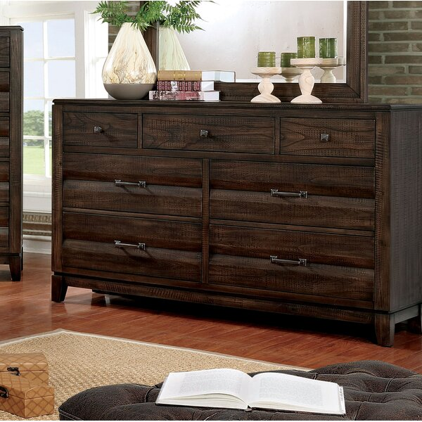 Michaelson Transitional 7 Drawer Dresser by Gracie Oaks