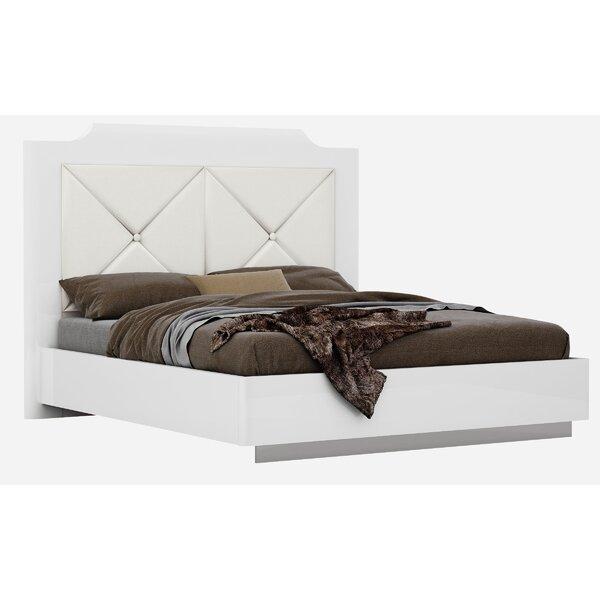 Oram Everette Modern Upholstered Platform Bed by Orren Ellis