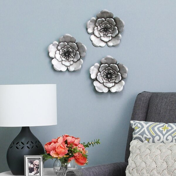 Metal Flower Wall Decor (Set of 3) by World Menagerie