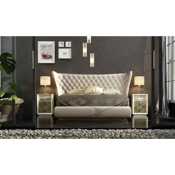 Jerri King Upholstered Platform Bed by Everly Quinn
