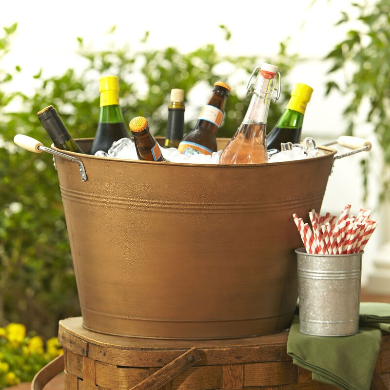 Ice Buckets & Beverage Tubs