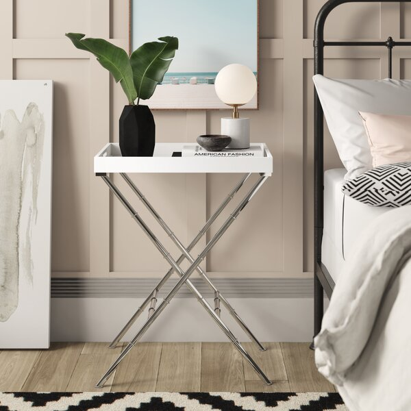 Layden Stylish Tray Table by Mercury Row