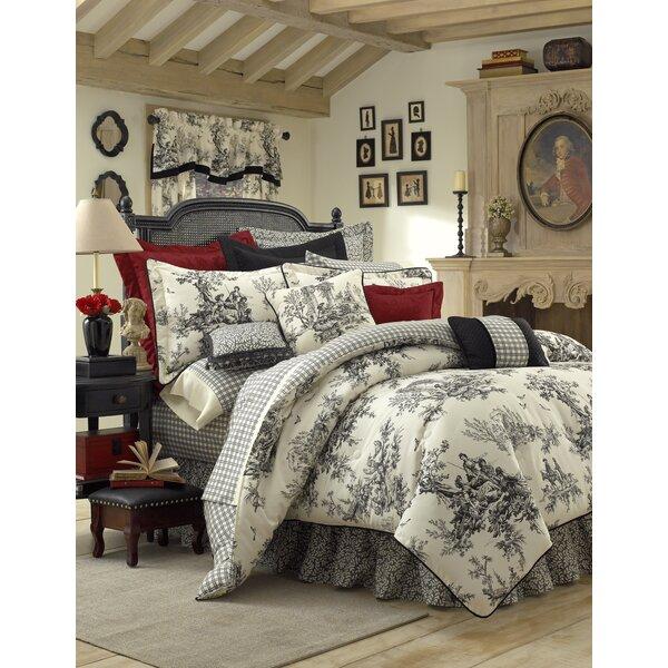 Tammara Reversible Comforter Set