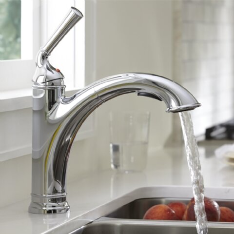 Portsmouth Pull Out Single Handle Kitchen Faucet by American Standard