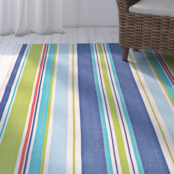 Artique Hand-Woven Green/Blue Area Rug by Highland Dunes