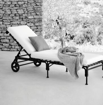 Aikens Chaise Lounge with Cushion by One Allium Way
