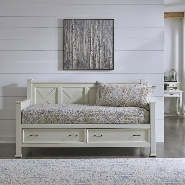 Agnew Lodge Twin Daybed by Canora Grey