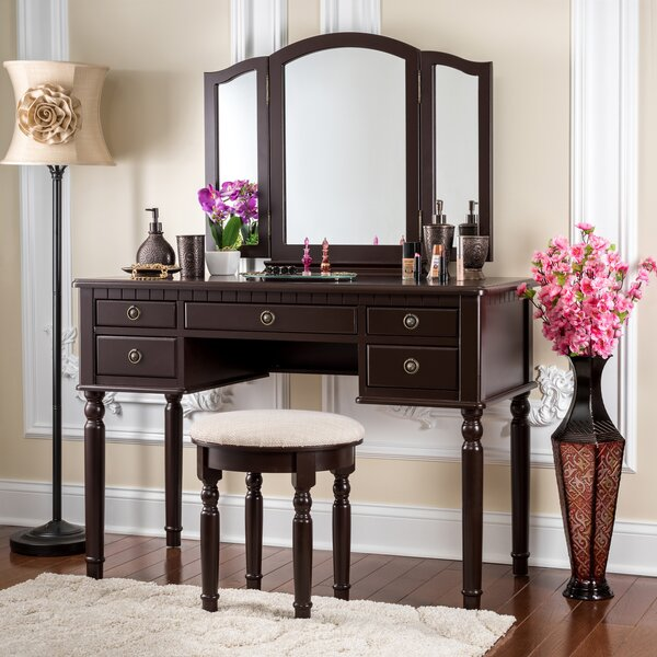 Northmoore Vanity Set with Mirror by House of Hampton