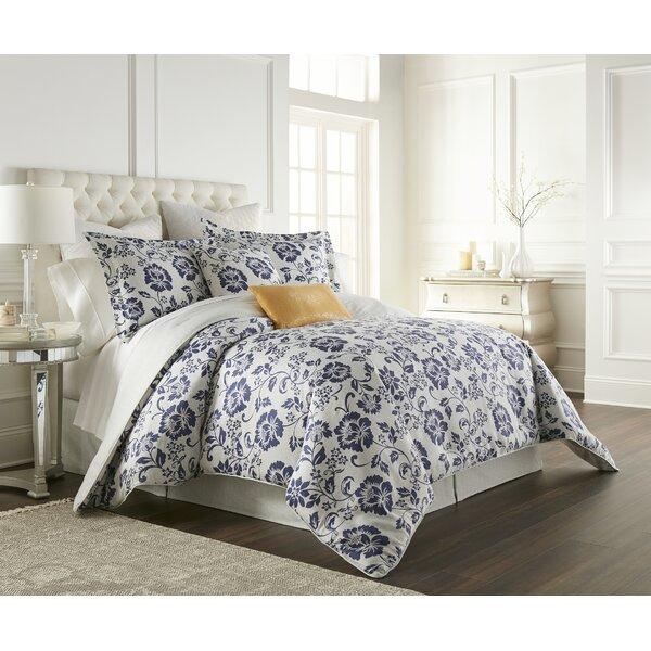 Kathy Ireland® Home Cottage Grove Comforter Set