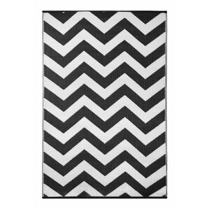 Lightweight Reversible Psychedelia Black/White Indoor/Outdoor Area Rug