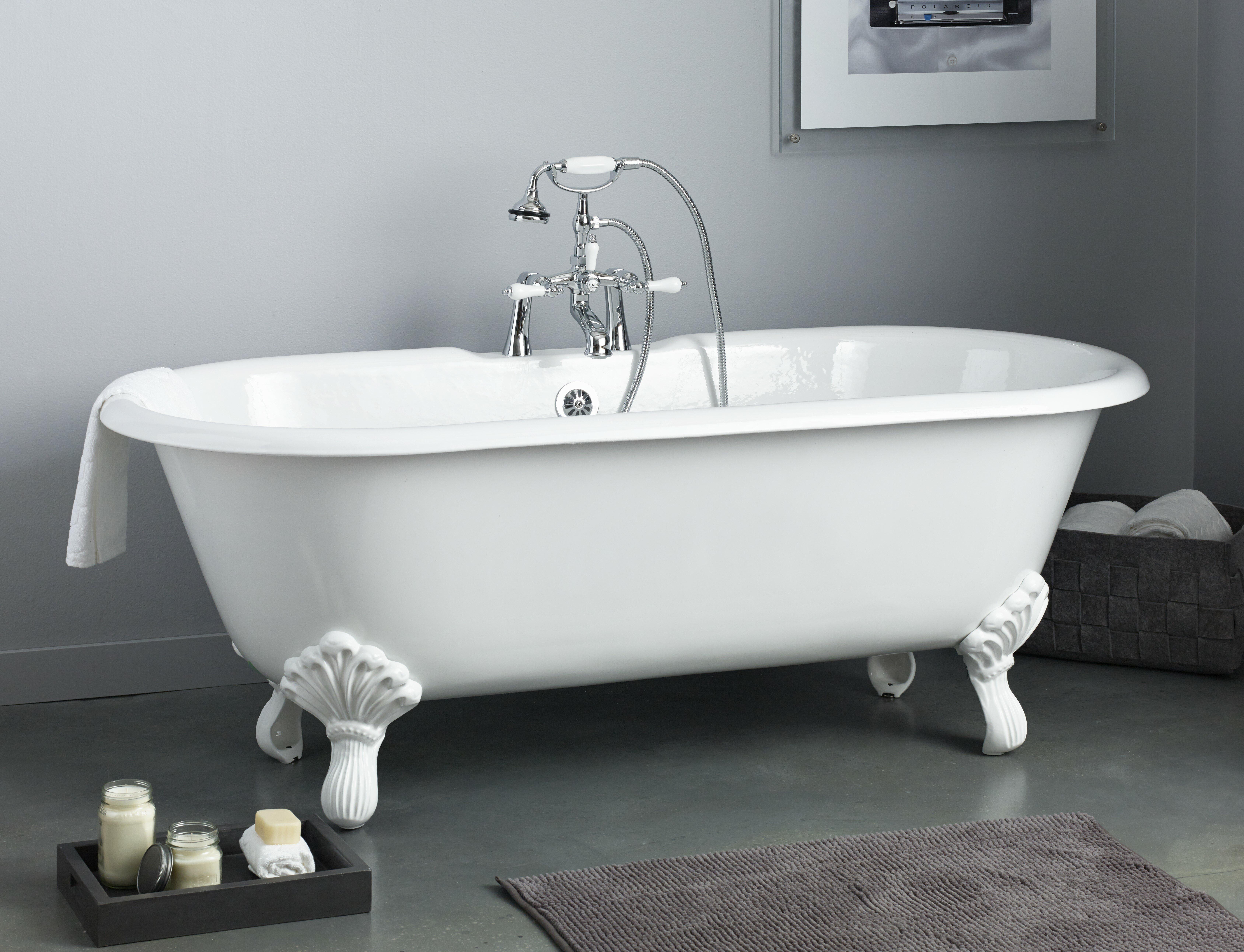 Regal 61 x 31 soaking bathtub