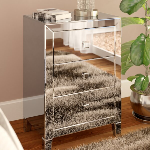 Broadbent 3 Drawer Accent Chest by Rosdorf Park