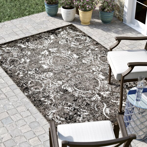 Christine  Light Gray/Black/White Indoor/Outdoor Area Rug