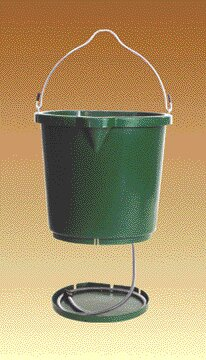 Heated Flat Back Bucket by Farm Innovators