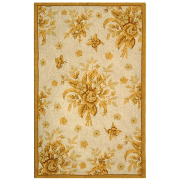 Helena Hand-Hooked Wool Ivory/Gold Area Rug by Charlton Home