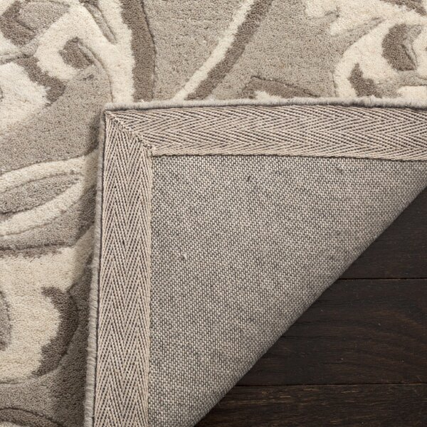 Martha Stewart Avalon Vine Tufted / Hand Loomed Gray/Beige Area Rug by Martha Stewart Rugs