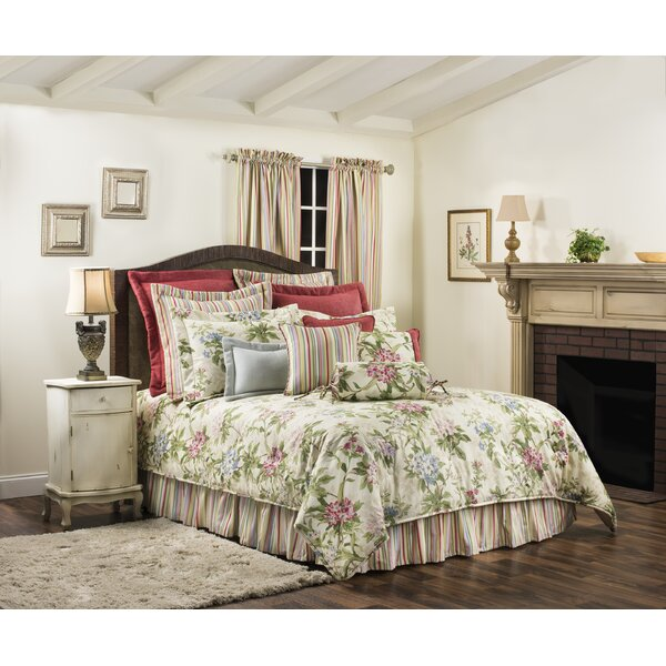 Eaman Comforter Set