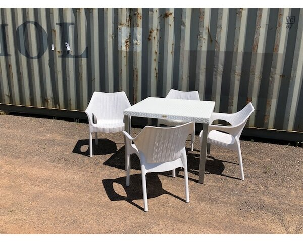 Minner 5 Piece Outdoor Dining Set by Wrought Studio
