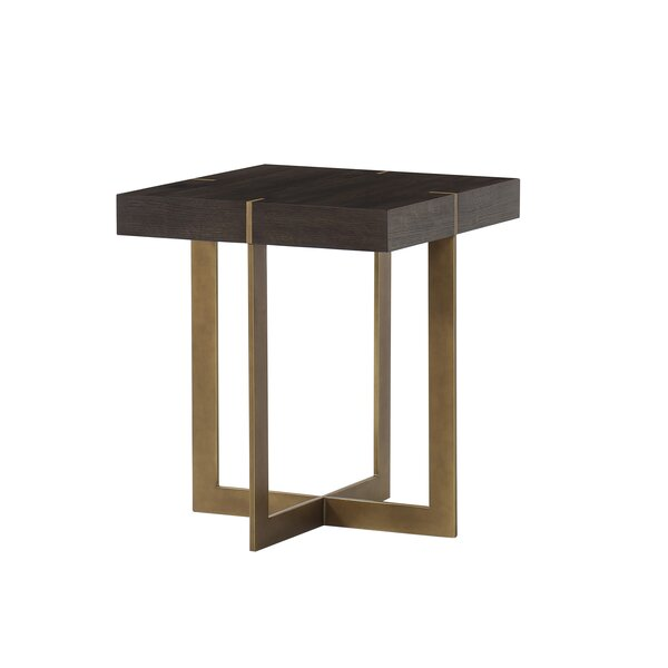 Review Mitchum End Table