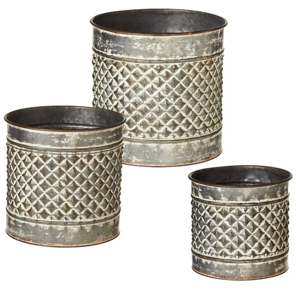 Outdoor Living Embossed Diamond 3 Piece Pot Planter Set by CBK