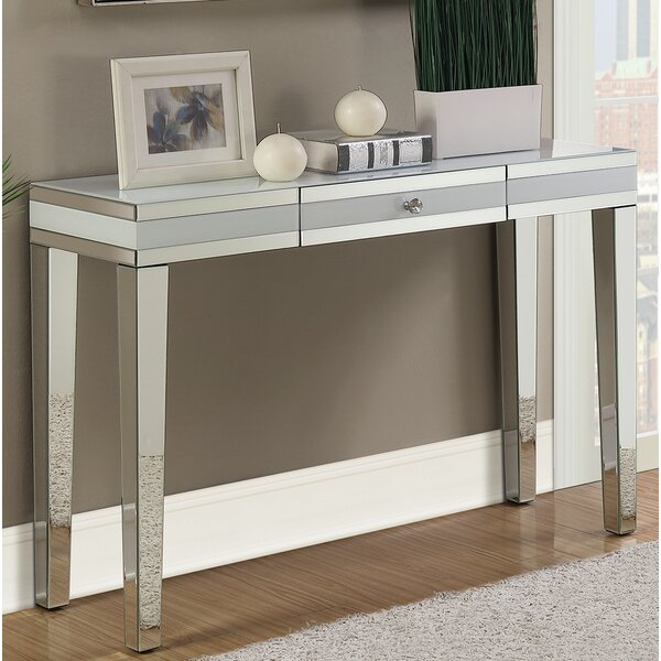 Greenberry Console Table by House of Hampton