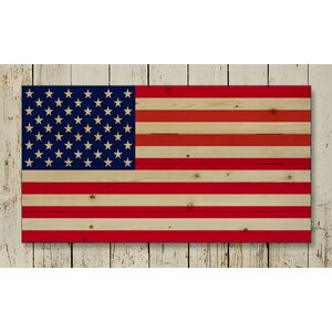 'American Flag Pallet' Photographic Print on Wood by Hadley House Co