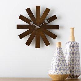 Incroyable Wall Clocks