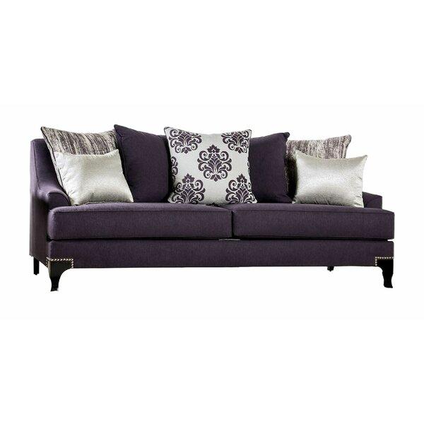 Review Baxley Sofa