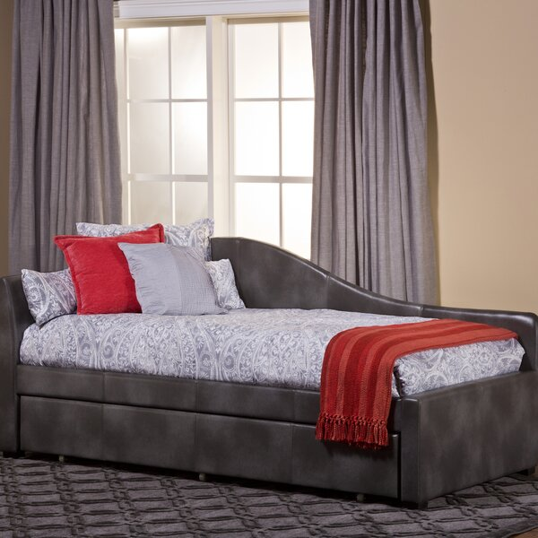 Winterberry Twin Daybed With Trundle by Hillsdale Furniture