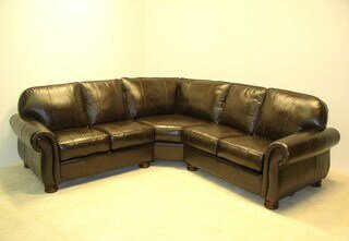 Dynamic Leather 99.8 Sectional