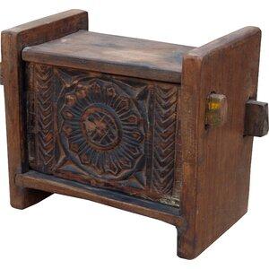 Truhe aus Holz Esha von Caracella