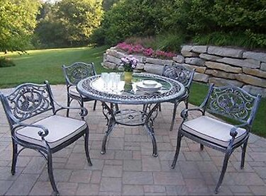 Hummingbird 5 Piece Dining Set with Cushions by Oakland Living