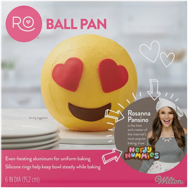 Ro Ball Round Pan by Wilton