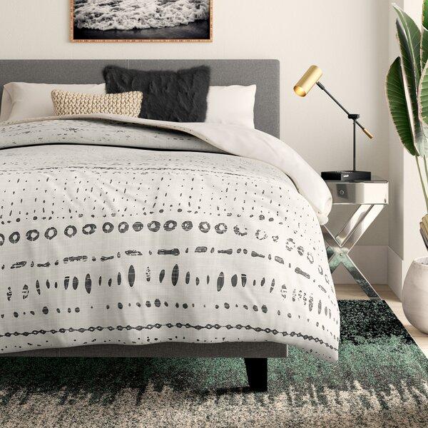 Bainville Lightweight Comforter Set
