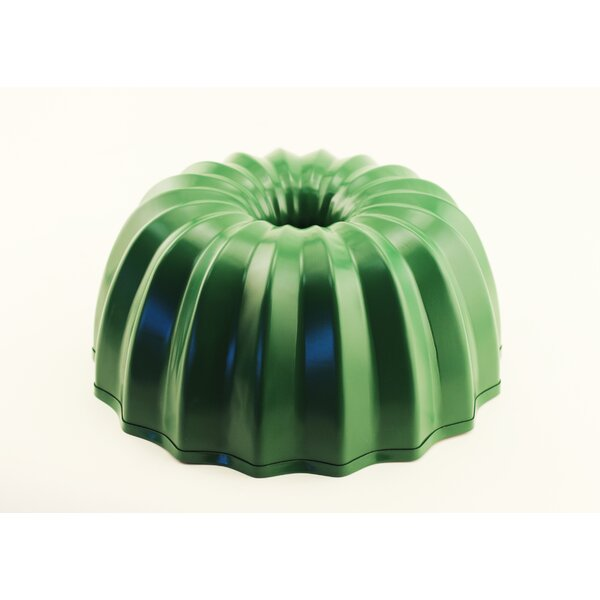 CookNCo Bundt Cake Pan by BergHOFF International