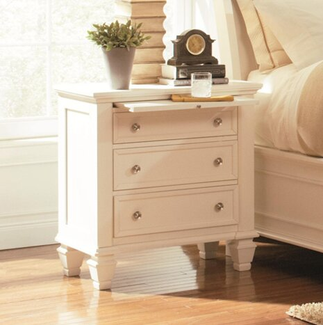 Horton Bachelor's 3 Drawer Night Stand by Darby Home Co