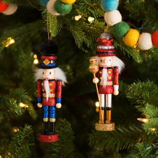 2 piece king and soldier nutcracker ornament set