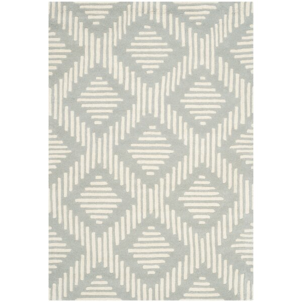 Wilkin Moroccan Hand-Tufted Wool Gray/Ivory Area Rug by Wrought Studio