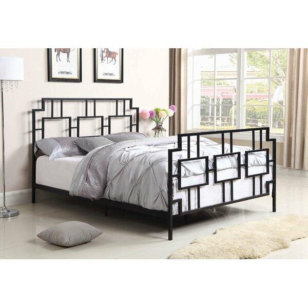 Burnsville Standard Bed by House of Hampton