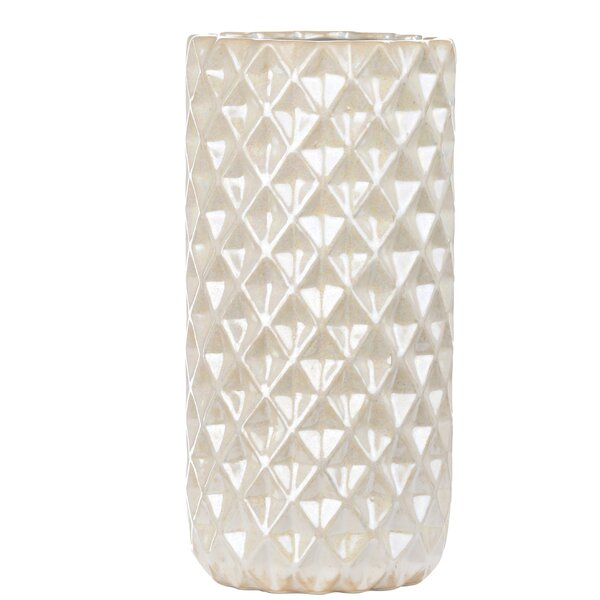 Yowell Table Vase by Highland Dunes