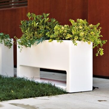 Lluna Plastic Planter Box by Serralunga