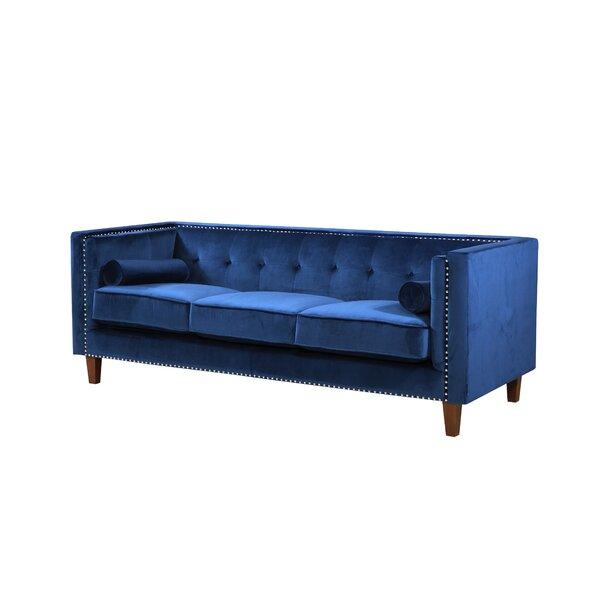 Kittleson Classic Nailhead Chesterfield Sofa by Everly Quinn